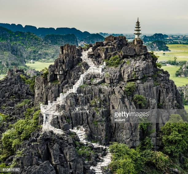 ninh binh landscape - rock formation stock pictures, royalty-free photos & images