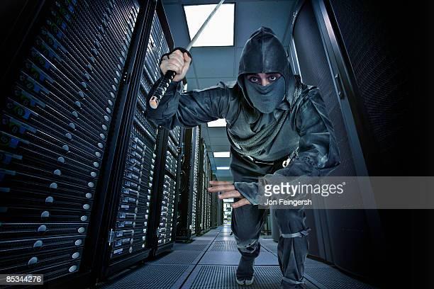 ninja guarding server room - ninja fotografías e imágenes de stock