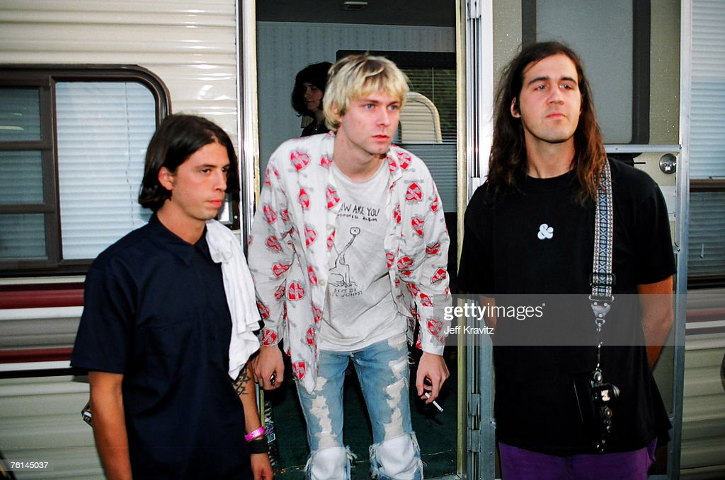"""Kirk Hammet interview on GN'R guys becoming """"unacessible"""" and a """"third party"""" account of the Axl feud with Kuurt Cobain Nirvana-picture-id76145037"""