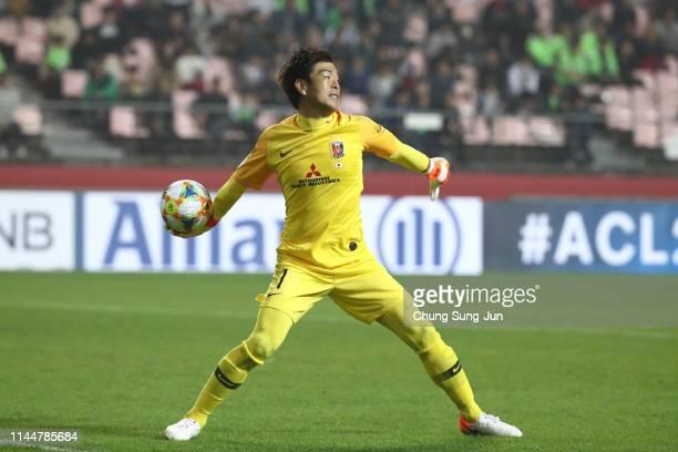 Nishikawa Shusaku of Urawa Red Diamonds in action during the AFC Champions League Group G match between Jeonbuk Hyundai Motors and Urawa Red Diamonds...
