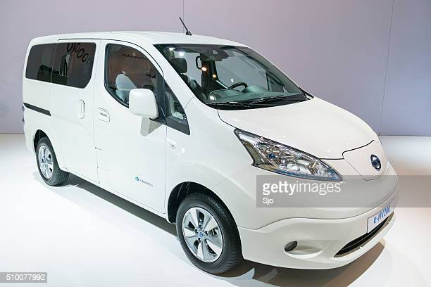 nissan e-nv200 light full electric commercial vehicle - nissan stock pictures, royalty-free photos & images