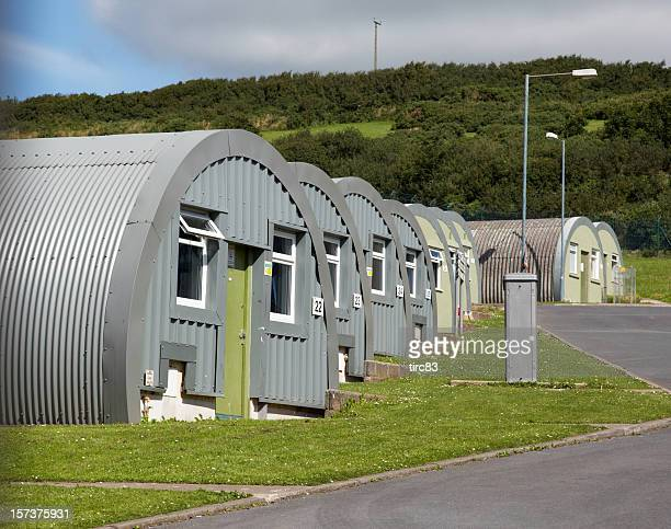 ww2 nissan huts - barracks stock pictures, royalty-free photos & images