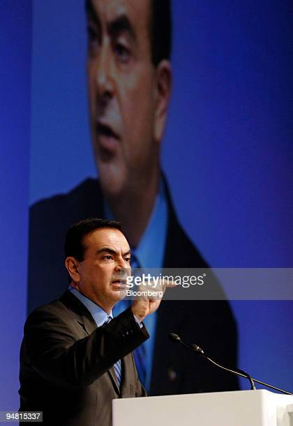 Nissan Motor Co Chief Executive Carlos Ghosn speaks to reporters at an earnings press briefing in Tokyo Monday April 25 2005 Nissan Motor Co Japan's...