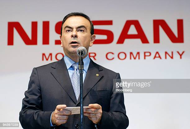 Nissan Motor Co Chief Executive Officer Carlos Ghosn speaks during a shareholders meeting in Yokohama Japan Tuesday June 27 2006 Nissan Motor Co...