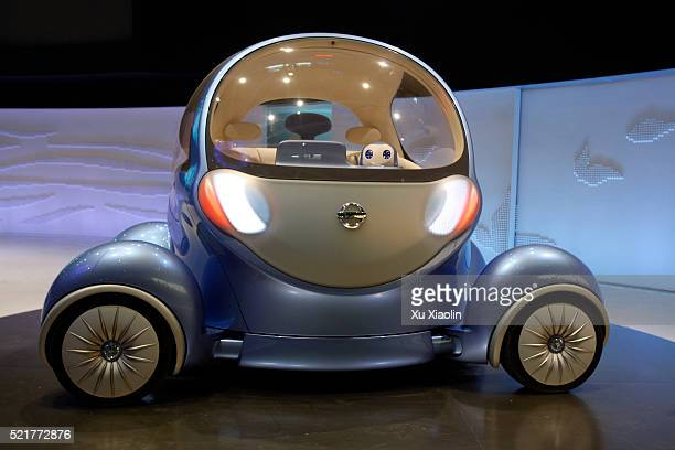 nissan pivo 2 electric concept car - nissan stock pictures, royalty-free photos & images