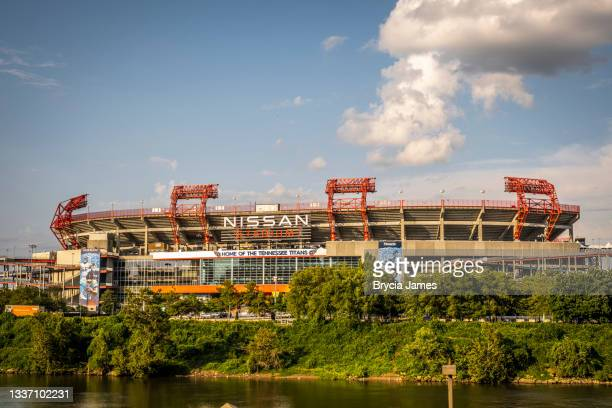 nissan stadium in nashville - brycia james stock pictures, royalty-free photos & images