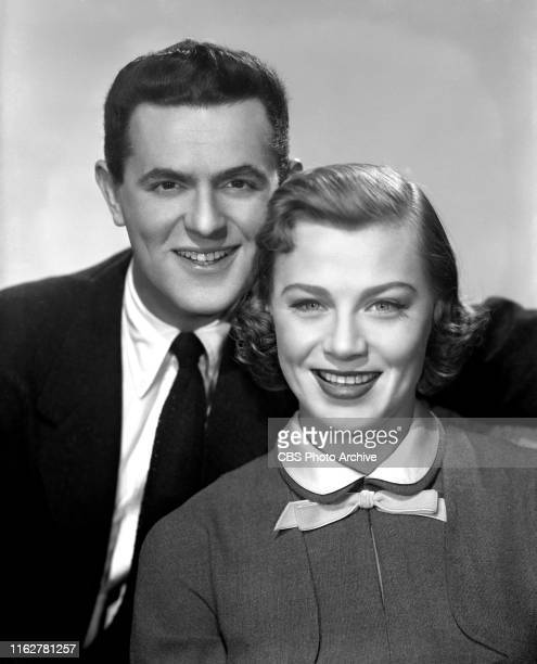 Nita Talbot and Larry Blyden They star in the CBS television situation comedy Joe Mabel Image dated November 21 1955