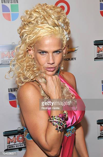 Niurka Marcos attends 'Mira Quien Baila' premiere show on September 12 2010 in Miami Florida