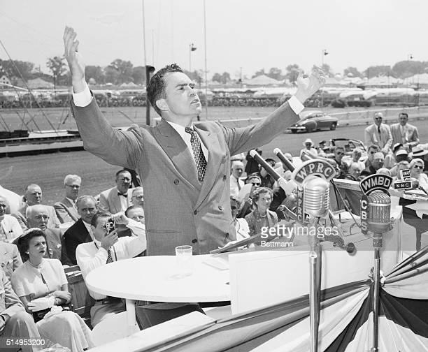 Nixon Speaks in Illinois. Springfield, Ill.: Senator Richard Nixon of California, Republican Vice Presidential candidate, addresses a crowd in...