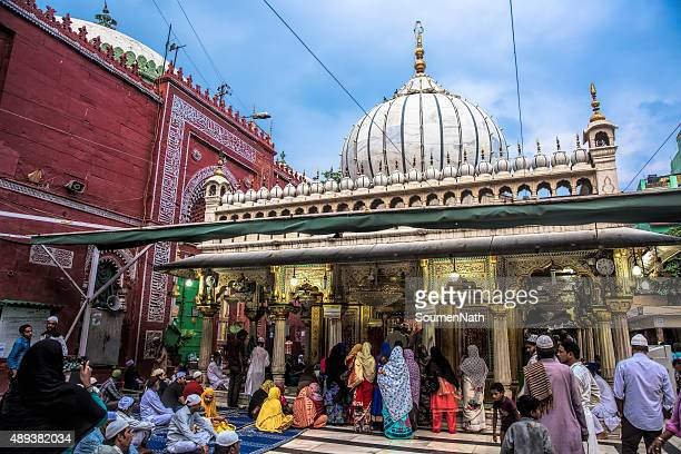 nizamuddin dargah, delhi, india - cngltrv1109 - sufism stock photos and pictures