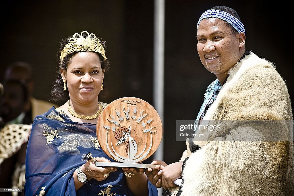 Traditional leaders honour mandela pictures getty images nkosi mandla mandela r receives an award on behalf of his grandfather former publicscrutiny Images