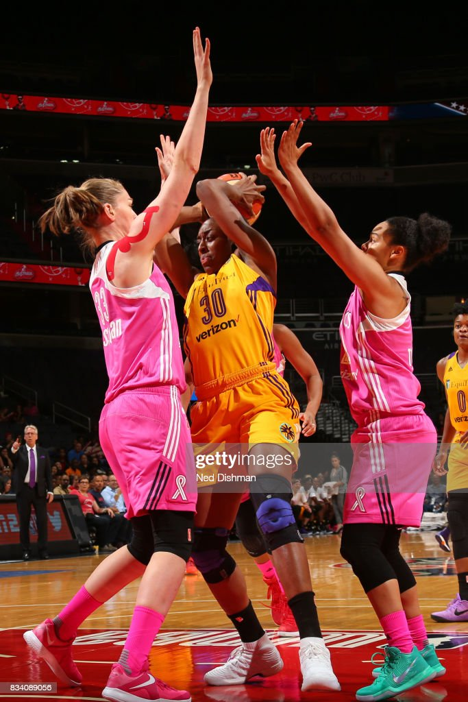 Nneka Ogwumike #30 of the Los Angeles Sparks handles the ball during the game against the Washington Mystics on August 16, 2017 at the Verizon Center in Washington, DC.