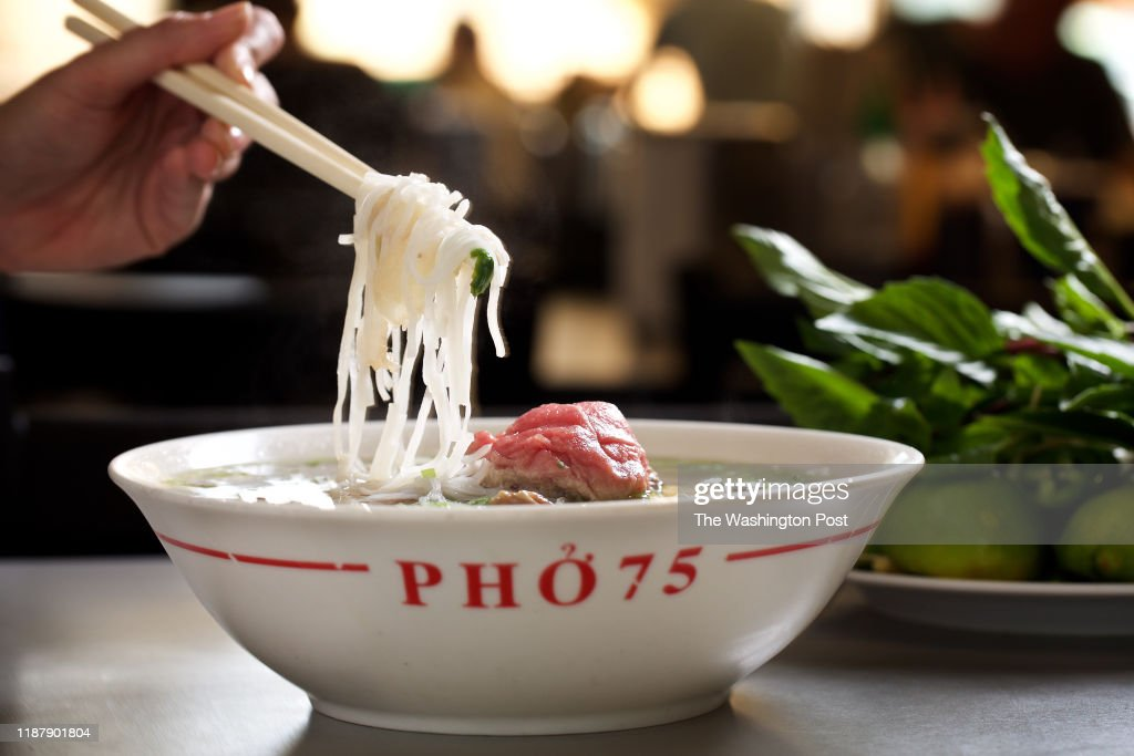 No 1 Bowl Of Pho With Raw Eye Round Steak Well Done Flank Fatty News Photo Getty Images