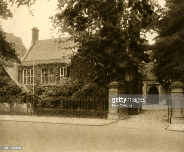 No 63 The Perse School Cambridge 1923 Independent day school founded in 1615 by Stephen Perse From Sunripe Cigarettes A Series of 75 Public Schools...