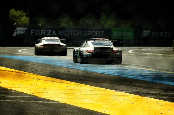 No 79 ProSpeed Competition Porsche 911 GT3 RSR (997) LM GTE PRO, No 92 Porsche Team Manthey Porsche