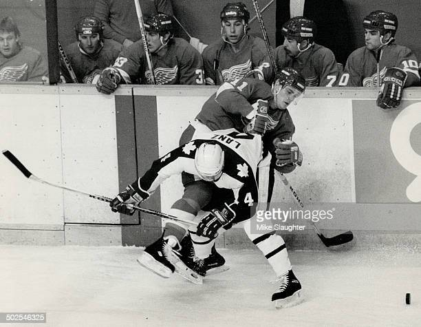 No burr in his saddle Leafs' Rick Lanz has Red Wings centre Shawn Burr lined up along the boards in first period last night At first Leafs played as...