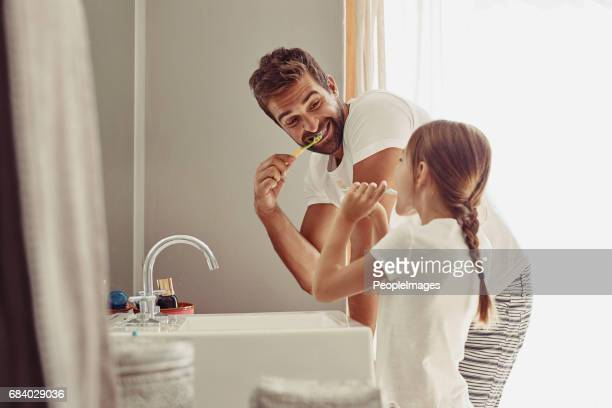 no cavities for this family - body care stock pictures, royalty-free photos & images