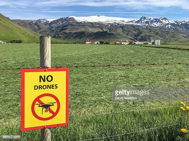 """""""no drones"""" sign at porvaldseyri farm. - exclusion stock pictures, royalty-free photos & images"""