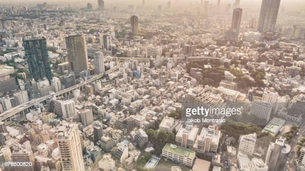 No Horizon in Tokyo