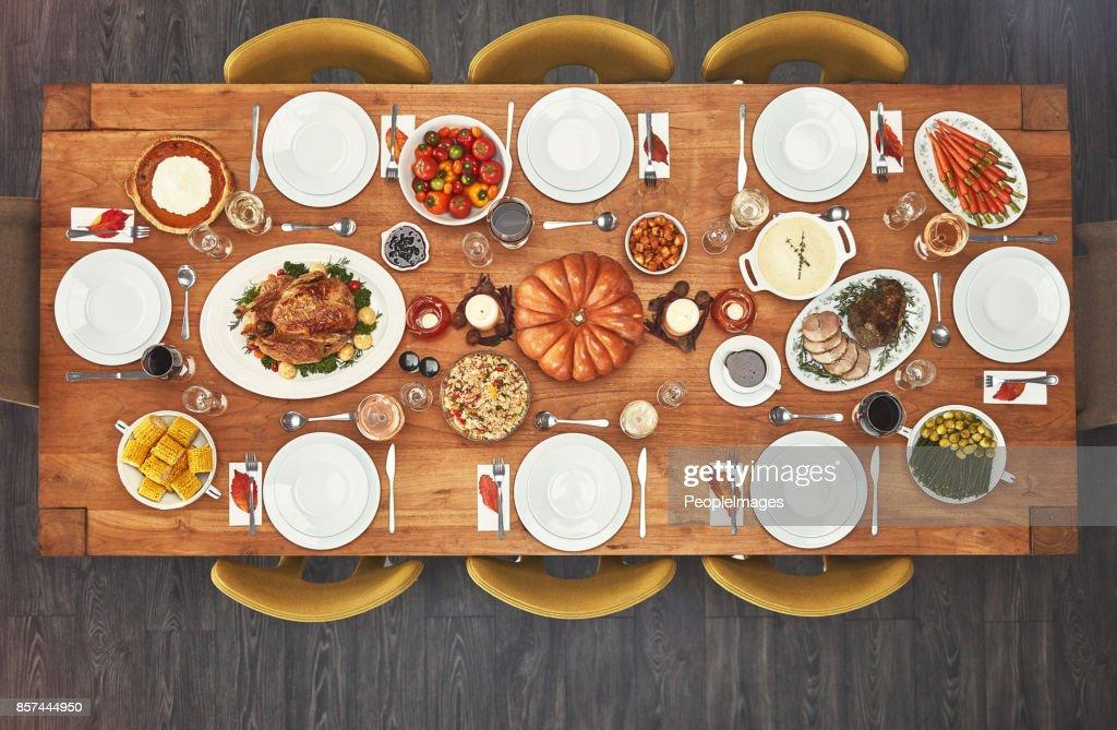 Ninguém pode dizer não a uma boa refeição : Foto de stock
