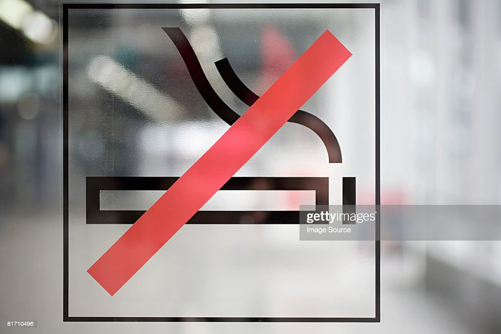 No smoking sign : ストックフォト