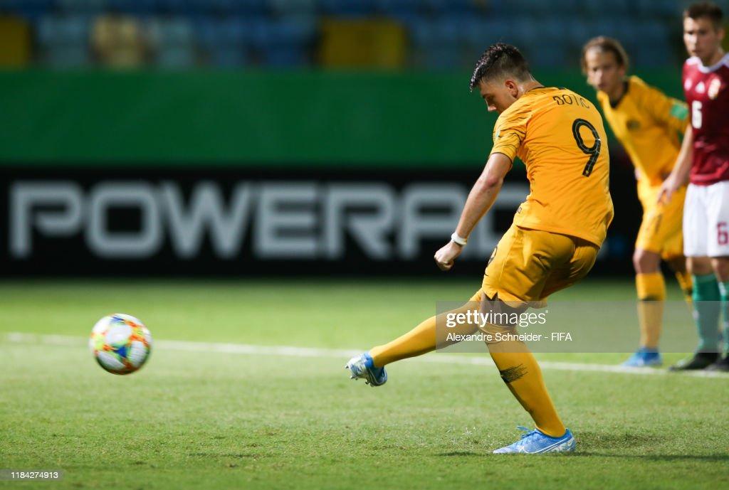 Australia v Hungary - FIFA U-17 World Cup Brazil 2019 : News Photo