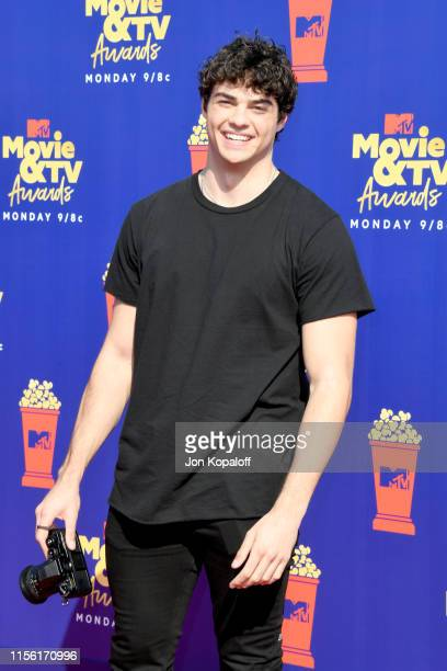 Noah Centineo attends the 2019 MTV Movie and TV Awards at Barker Hangar on June 15, 2019 in Santa Monica, California.