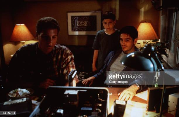Noah Emmerich Michael Cera and James Caviezel stars in the movie 'Frequency' to be released in May 2000 Photo New Line Cinema/Delivered by Online USA