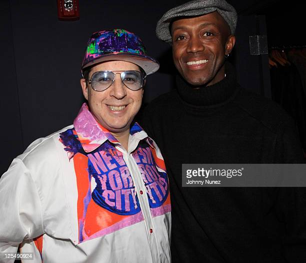 Noah G Pop and guest attend Dee Vazquez's birthday celebration at iLounge on November 23 2010 in New York City