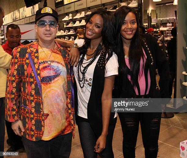 Noah G Pop Vanessa Simmons and Angela Simmons attend the promotion the new shoe The Smoothie at Foot Locker Times Square on September 10 2009 in New...