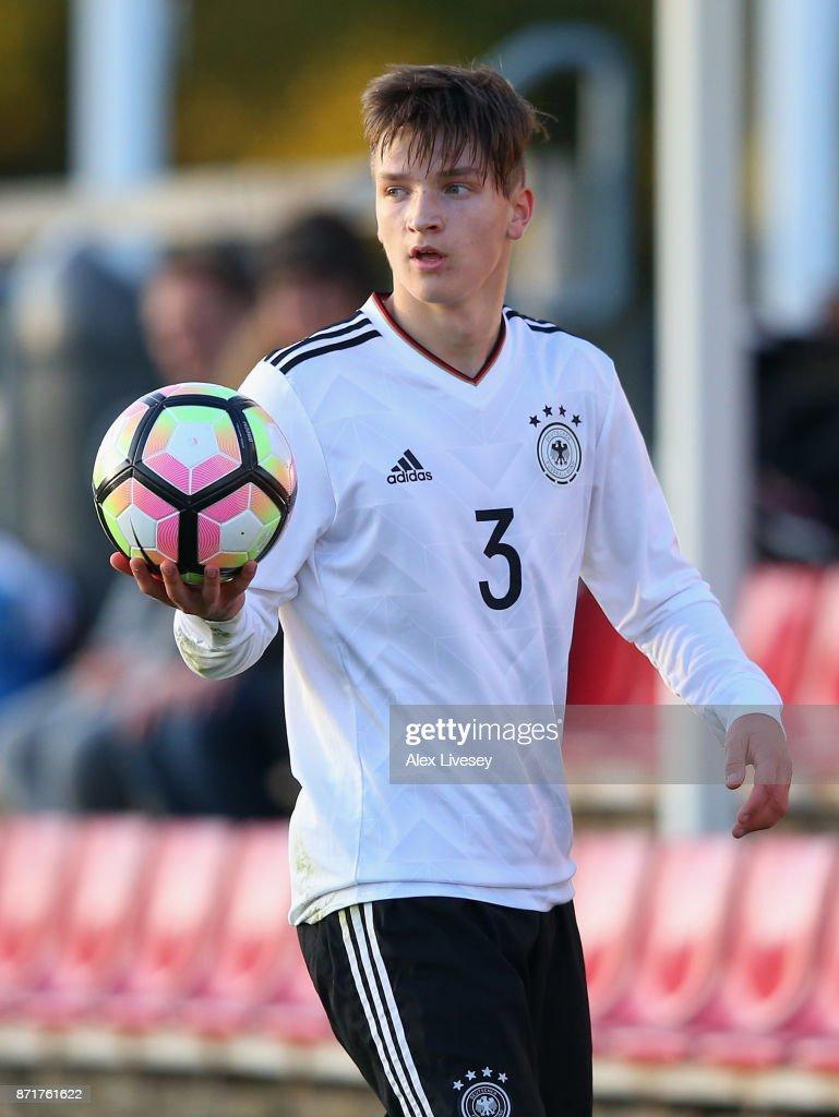 Russia U17 v Germany U17 - International Match : Nachrichtenfoto
