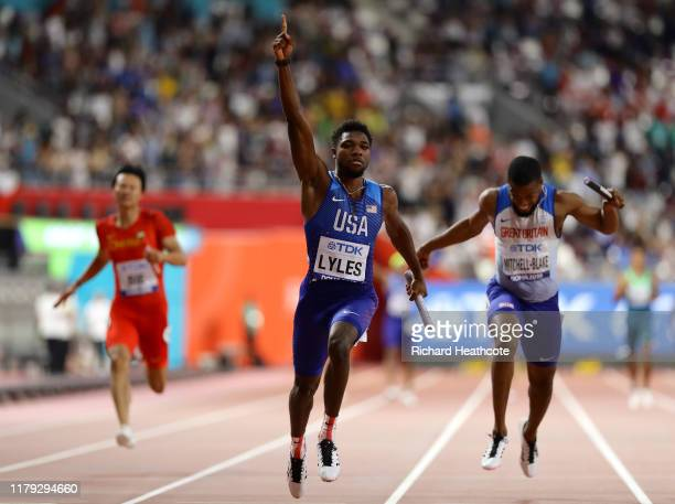 Noah Lyles of the United States celebrates as he crosses the line to win gold in the Men's 4x100 Metres Relay final during day nine of 17th IAAF...