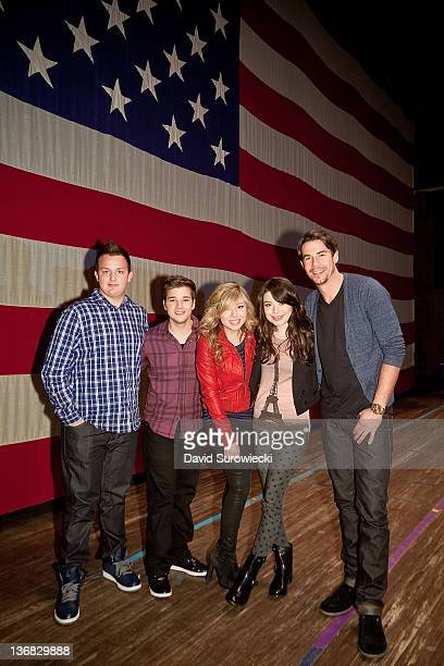 Noah Munck Nathan Kress Jennette McCurdy Miranda Cosgrove and Jerry Trainor pose onstage at the auditorium at Naval Submarine Base New London on...