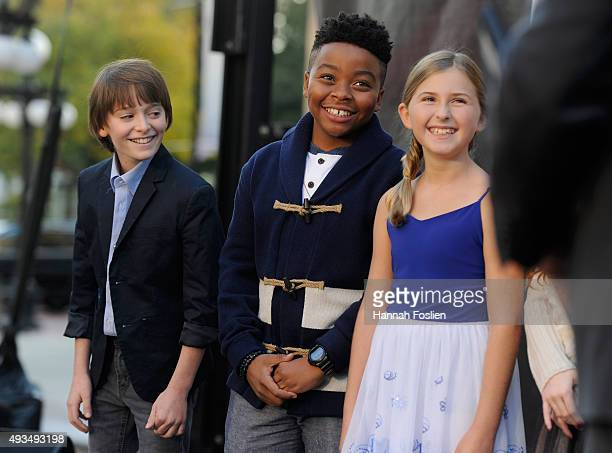 Noah Schnapp Pictures And Photos