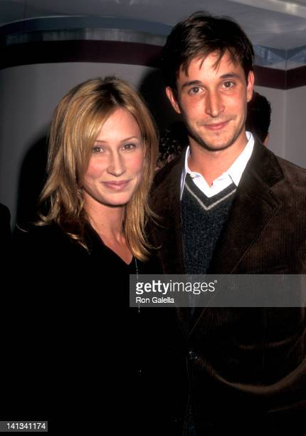 Noah Wyle and Tracy Warbin at the Premiere of 'The Myth of Fingerprints' Sony Theatre New York City