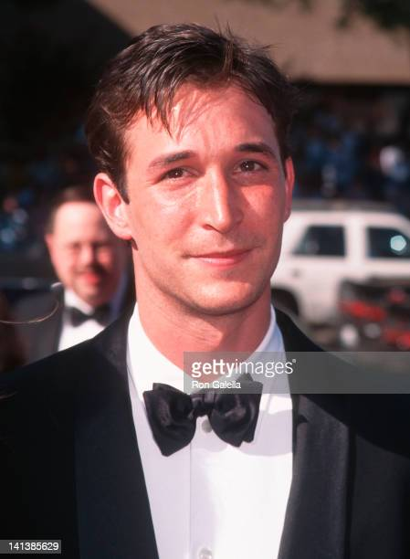 Noah Wyle at the 48th Annual Primetime Emmy Awards, Pasadena Civic Auditorium, Pasadena.