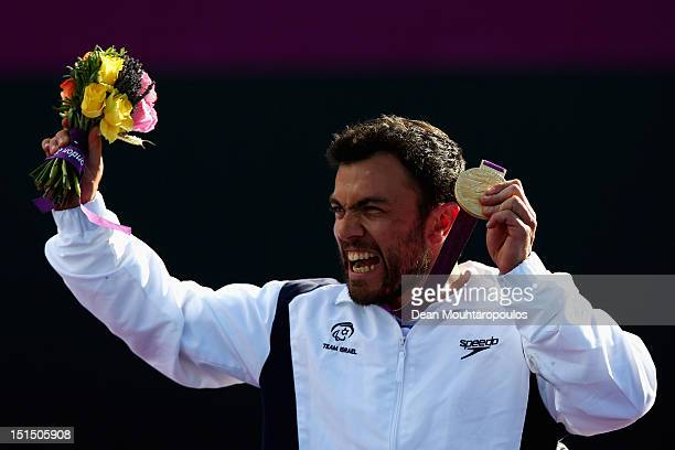 Noam Gershony of Israel celebrates winning the gold medal against David Wagner of USA in the Quad Singles Final on day 10 of the London 2012...