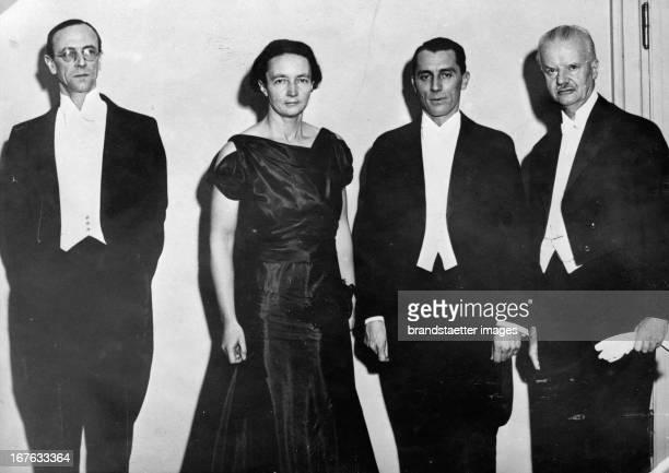 Nobel Laureates of 1935 From left to right M Chadwick Frederic and Irene JoliotCurie and Hans Spemann Photograph Sweden Nobelpreisträger von 1935 Von...