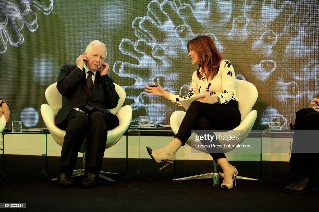 Harald Zur Hausen Attends Press Conference In Madrid
