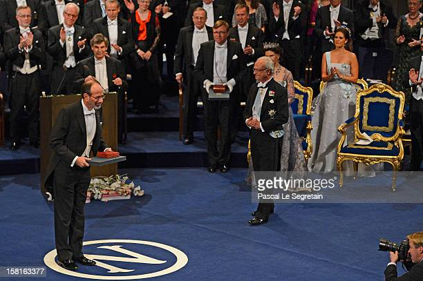 Nobel Prize in Economic Sciences laureate Professor Alvin E. Roth of the USA acknowledges applause after he received his Nobel Prize from King Carl...