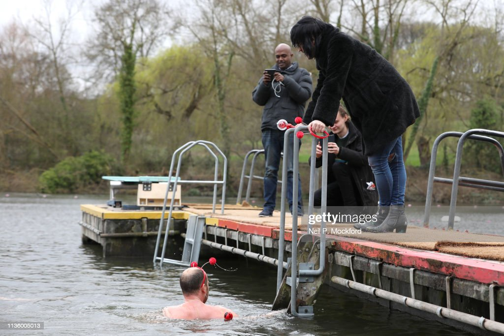 Benedict Cumberbatch Charity Swim For Comic Relief : News Photo