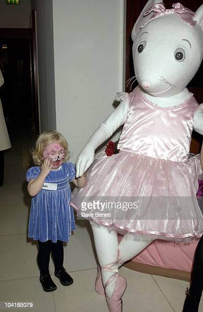 Noel Gallagher's Daughter Anais Crying Because She Didn't Want To Leave Angelina Angelina Ballerina Nutcracker Gala At The Collesium In Covent Garden...
