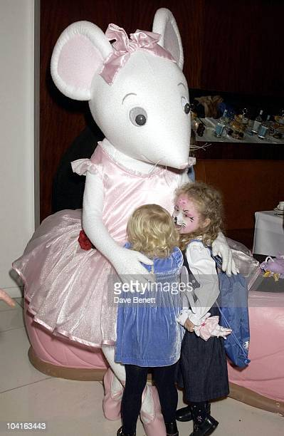 Noel Gallagher's Daughter Anais Gets Realy Close To Angelina Ballerina The Mouse Angelina Ballerina Nutcracker Gala At The Collesium In Covent Garden...