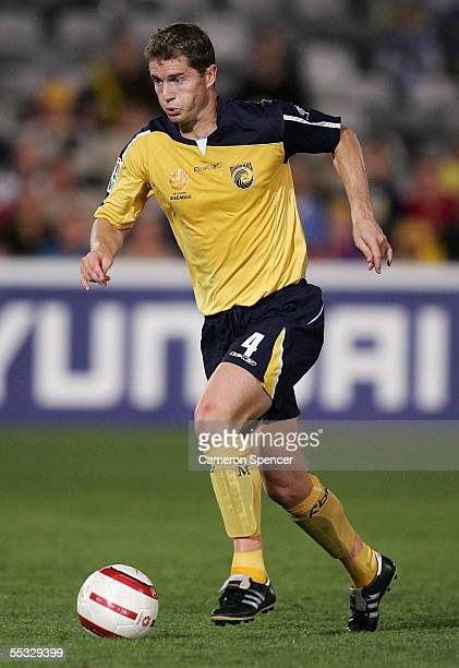 Noel Spencer of the Mariners in action during the round three A-League match between the Central Coast Mariners and the New Zealand Knights at...
