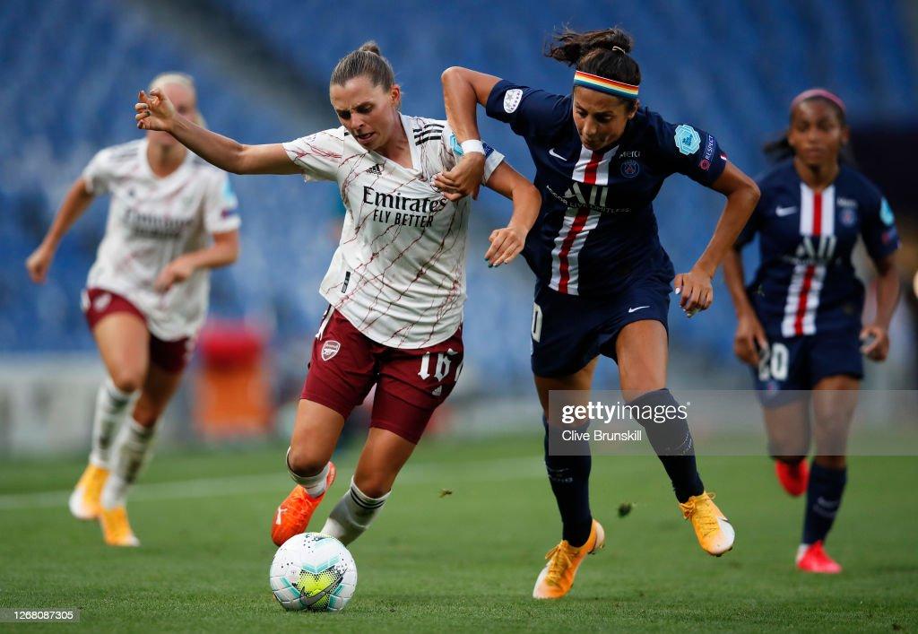 Arsenal FC v Paris Saint-Germain - UEFA Women's Champions League Quarter Final : Nachrichtenfoto