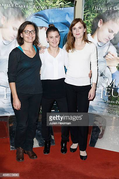 Noemie Churlet Ariana Rivoire and Isabelle Carre attend 'Marie Heurtin' Paris Premiere on November 6 2014 in Paris France