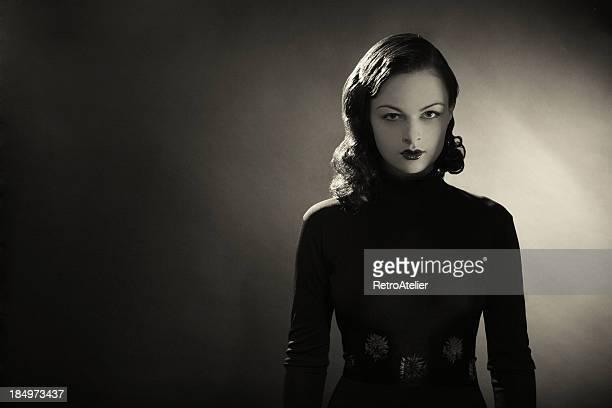 noir. - mulher fatal - fotografias e filmes do acervo