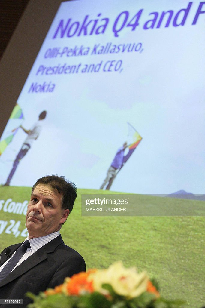 Nokia, the world's leading mobile phone maker, CEO Olli-Pekka Kallasvuo is pictured at Nokia headquarters in Espoo, Finland, 24 January 2008. Nokia announced soaring fourth quarter and full-year 2007 earnings Thursday boosted by strong handset sales. In the fourth quarter, the Finnish company saw its net profits jump 44 percent from the same period a year earlier to 1.8 billion euros (2.63 billion dollars). AFP PHOTO LEHTIKUVA / Markku Ulander