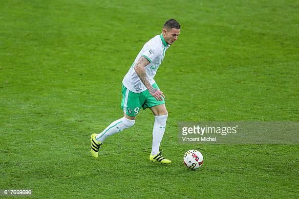 Nolan Roux of Saint-Etienne during the Ligue 1 match between SM Caen and AS Saint-Etienne at Stade Michel D'Ornano on October 23, 2016 in Caen,...