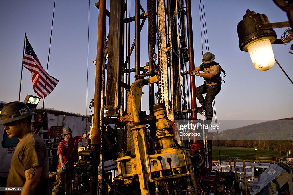 Shale Gas Costing 2/3 Less Than OPEC Oil Converges With U.S. : News Photo